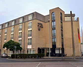 Hotel Plaza - Duisburg - Building