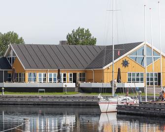 Kaløvig Badehotel - Aarhus - Building