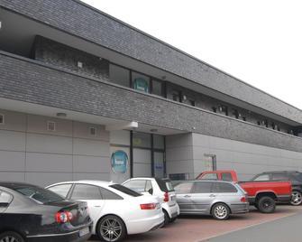 Petul Apart Hotel 'Am Ruhrbogen' - Bochum - Gebäude