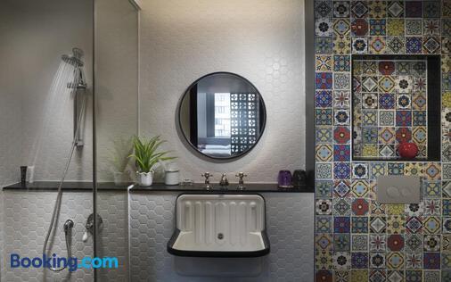Attitude On Granville - Hong Kong - Bathroom