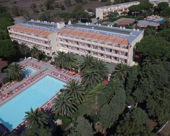 Hotel Oasis - Алжеро - Здание
