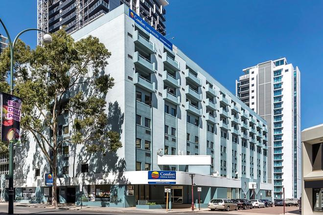 Comfort Inn & Suites Goodearth - Perth - Building