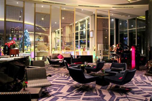 阿馬蘭斯素萬那普機場精品西佳酒店 - 曼谷 - 酒吧