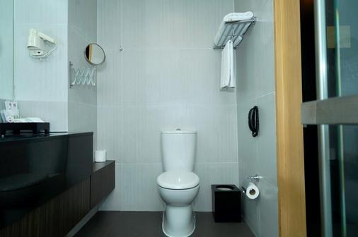 阿馬蘭斯素萬那普機場精品西佳酒店 - 曼谷 - 浴室