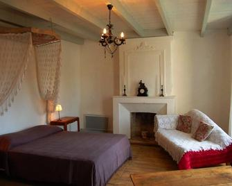 2-10 pers - House with character XVIII 180 m2 in 45 km of beachesHouse with character - Saint-Hilaire-de-Villefranche