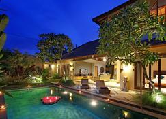 Desa di Bali Villas - Denpasar - Piscina