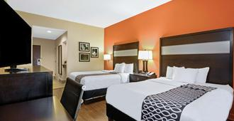 La Quinta Inn & Suites by Wyndham Florence - פלורנס - חדר שינה