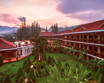 Victoria Sapa Resort & Spa - Sa Pá - Outdoors view