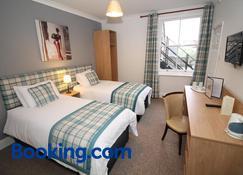 White Hart Hotel - Swindon - Bedroom