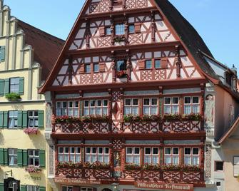 Hotel Deutsches Haus - Dinkelsbühl - Building