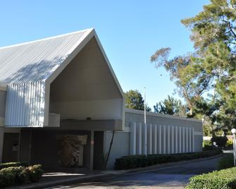 Sydney Conference & Training Centre - Narrabeen - Building