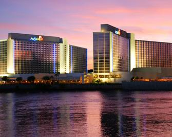 Aquarius Casino Resort, BW Premier Collection - Laughlin - Building