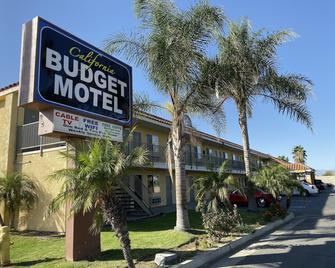 California Budget Motel - Hemet - Building