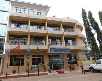 Nyumbani Hotels & Resorts - Moshi - Moshi - Gebäude