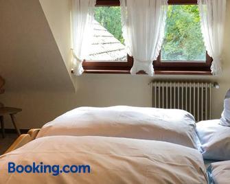 Gasthof Adler - Weinstadt - Bedroom
