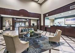 La Quinta Inn & Suites By Wyndham Dfw Airport West - Euless - Euless - Lobby