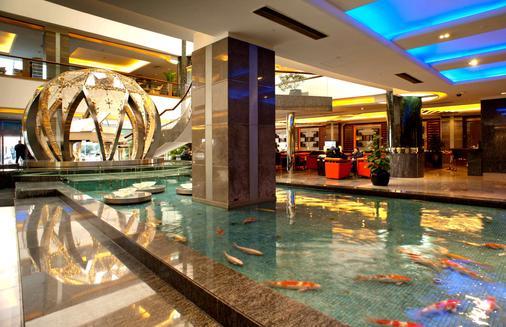 Howard Johnson by Wyndham Ginwa Plaza Hotel Xian - Tây An - Hành lang