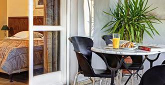 Nicola Hotel - אתונה - חדר אוכל