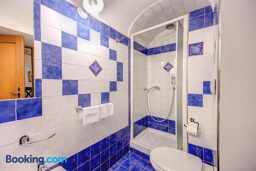 吉伊迪弗爾坎諾酒店 - 羅馬 - 浴室
