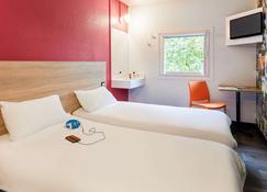 hotelF1 Cholet - Cholet - Phòng ngủ