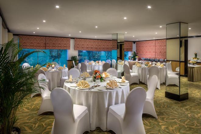 薩伏依套房公寓酒店 - 杜拜 - 杜拜 - 宴會廳