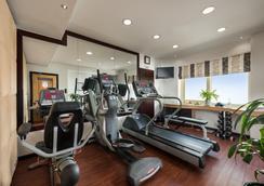 薩伏依套房公寓酒店 - 杜拜 - 杜拜 - 健身房