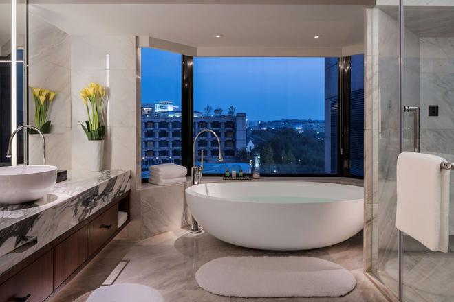 杭州凱悅酒店 - 杭州 - 浴室