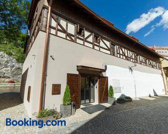 Garni hotel Castle Bridge - Český Krumlov - Building