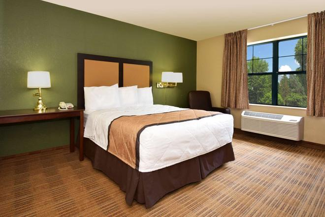 Extended Stay America - Oklahoma City - NW Expressway - Oklahoma City - Bedroom