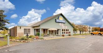 Days Inn by Wyndham International Falls - International Falls