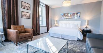 Hotel Manoir Morgan - Québec City - Bedroom