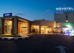 Novotel Cairo Airport - Cairo - Edifício