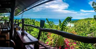 High Bar Rooms and Bungalows - Adults Only - Ko Tao - Balcony