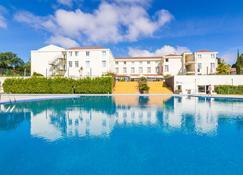 Golden Tulip Braga Hotel & Spa - Braga - Piscina