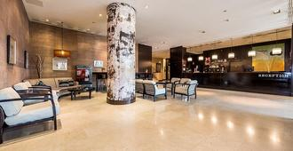 Hotel Mercader - מדריד - לובי