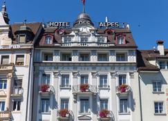 Des Alpes - Lucerne - Bina