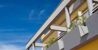 อาร์ตโฮเทล กรานปาราดิโซ - ซอร์เรนโต - อาคาร