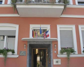 Hotel Mietz - Bad Neuenahr-Ahrweiler - Building
