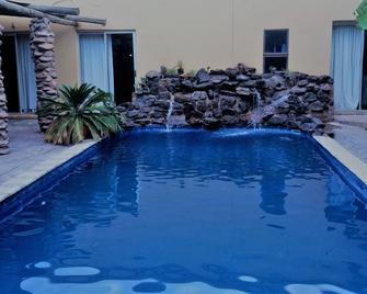 Elephant Rock Inn - Olifantshoek - Pool