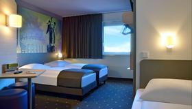 B&B Hotel Stuttgart-Vaihingen - Stuttgart - Schlafzimmer