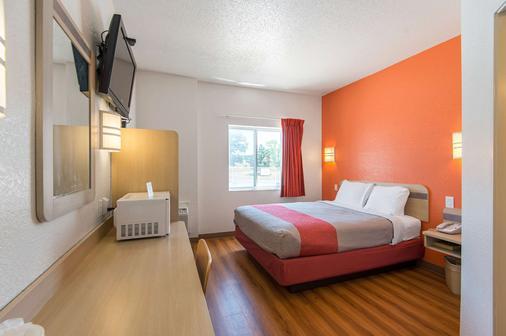 Motel 6 Junction City - Junction City - Bedroom