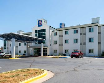 Motel 6 Junction City - Junction City - Gebouw