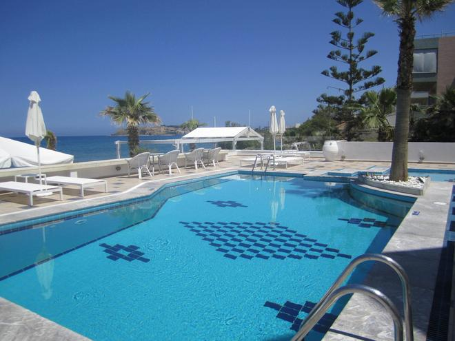 Petradi Beach Lounge Hotel - Rétino - Piscina