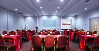 favehotel Pekanbaru - Pekanbaru - Meeting room