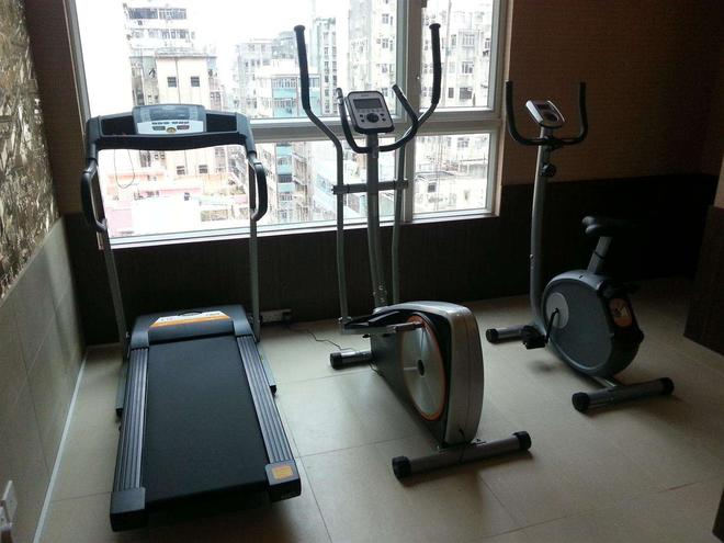 Ramada by Wyndham Hong Kong Harbour View - Hong Kong - Gym
