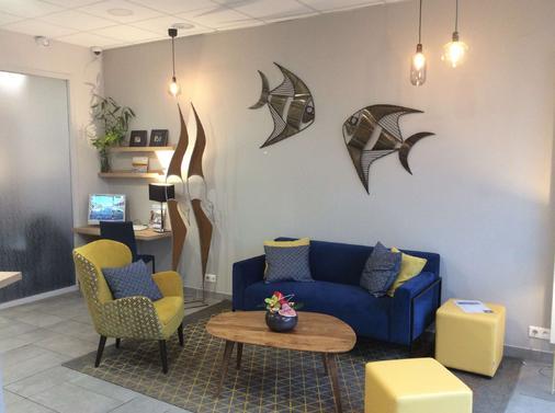 Best Western Le Duguesclin - Saint-Brieuc - Living room