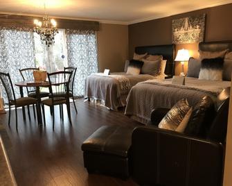 Evergreen Bed & Breakfast - Hope - Bedroom