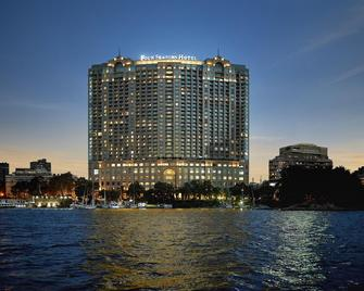 Four Seasons Hotel Cairo at Nile Plaza - Каїр - Building