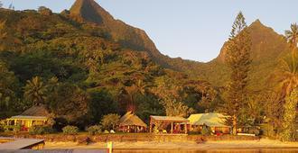 Linareva Moorea Beach Resort - Temae - Outdoor view