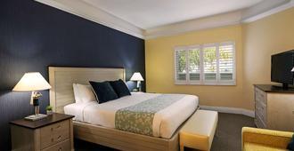 Pismo Lighthouse Suites - Pismo Beach - Bedroom